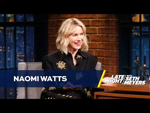 Naomi Watts † Kids Help Her Work the Remote