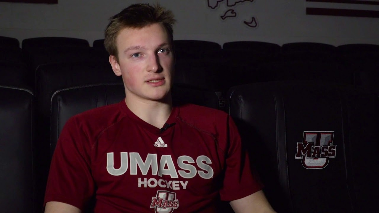 Cale Makar scores in NHL debut just days after playing in NCAA final