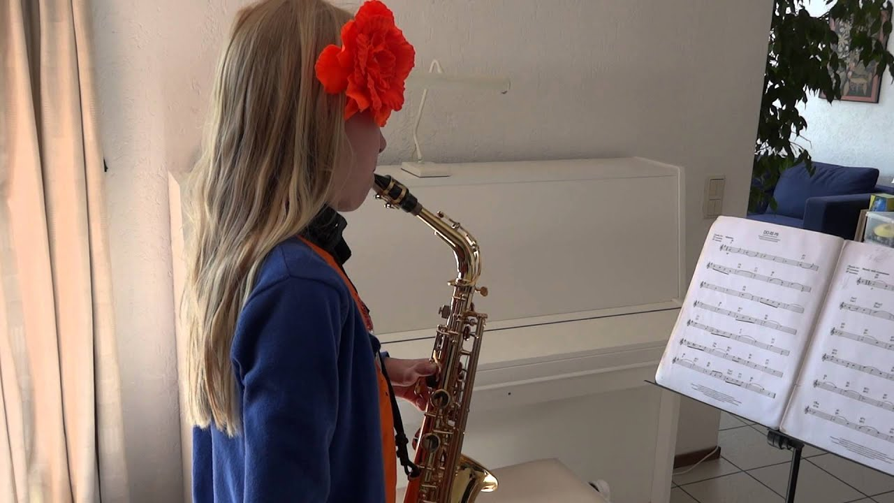 Do re mi do a deer from the sound of music saxophone solo by do re mi do a deer from the sound of music saxophone solo by femke 9 years old hexwebz Image collections