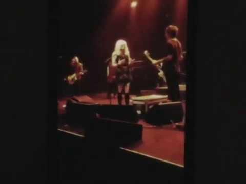 Courtney Love in Hobart 18-8-2014