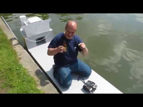Massy 2014 : Baptême du semi submersible RC de Christian  (tugs and towing)