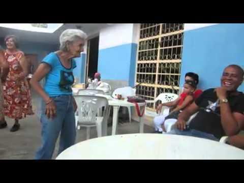 Ютуб танец старушки перед негром фото 493-194