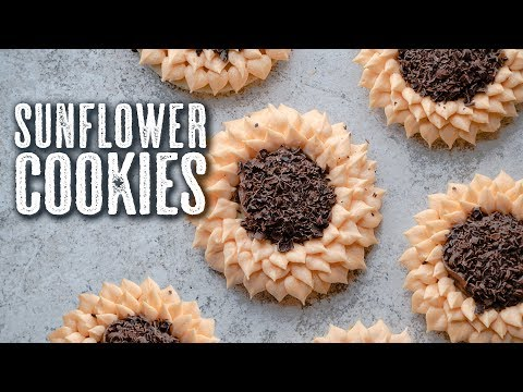 How To Decorate Sunflower Cookies 🌻 - Topless Baker
