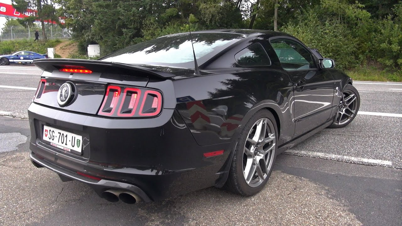 Ford Shelby Mustang GT500 SVT  Engine Start up  Acceleration