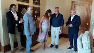 Francina Armengol recibe al presidente de la Cámara de Comercio de Mallorca, Antoni Mercant