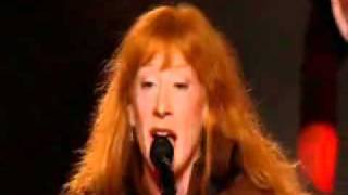 Loreena Mckennitt - The mummers dance LIVE (lyrics)