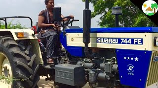 Village Girl First Time Drive SWARAJ TRACTOR / VILLAGE GIRL Driving Tractor/ Girl on tractor