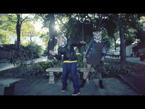 Chulius and The Filarmónicos - Leita (ft. Gil Cerezo of Kinky and Sasha Bubblegum)