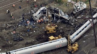 Amtrak Train Derails At 106 MPH Leaving 7 Dead And 200+ Hospitalized