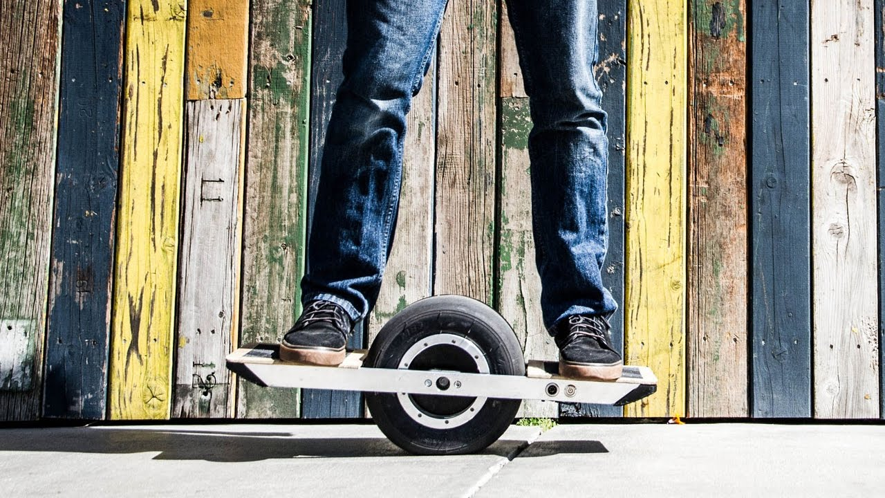 test du one wheel hoverboard a une roue youtube. Black Bedroom Furniture Sets. Home Design Ideas