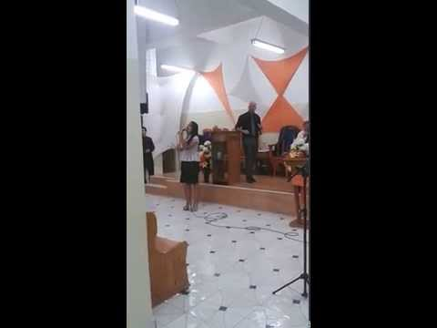 Cantora Rafaela Damares Deus dos deuses