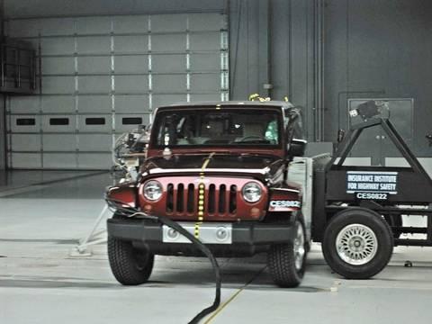 2008 Jeep Wrangler 2 Door Side Iihs Crash Test Youtube