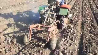 Самодельная картофелекопалка к минитрактору(, 2016-03-31T07:38:53.000Z)