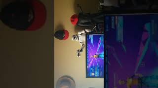 Fortnite battle royal with cousin( sorry about that ending guys I didn't realize my battery died