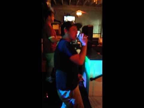 "Big Bleu Karaoke Keenan's North Wildwood ""Mr. Jones"""