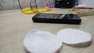 видео Как почистить экран смартфона от отпечатков