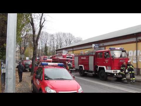 Bielsko-Biała, ul. Grażyńskiego - Pożar fabryki laminatu