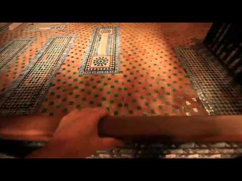 The Saadian Tombs جولة قصيرة  في ضريح السعديين