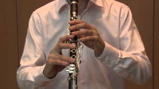 Fingerings in the core repertory of the clarinet by Franck Amet