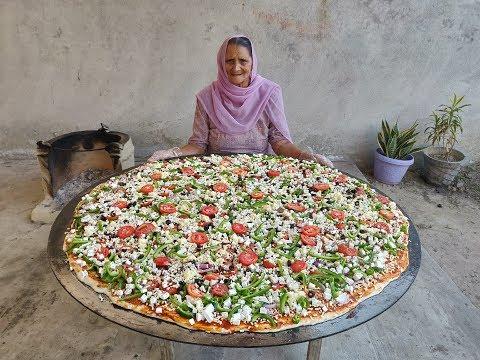 PIZZA | PANEER PIZZA | GIANT PIZZA | PIZZA RECIPE | BIGGEST PIZZA | BY GRANDMA | VEG VILLAGE FOOD
