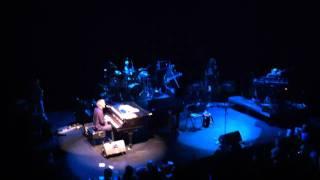 Bruce Hornsby - Mandolin Rain LIVE - Club Nokia 9/10/2011
