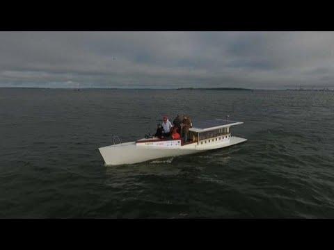 شاهد: العبور من فنلندا إلى إستونيا على متن قارب يعمل بالطاقة الشمسية  …