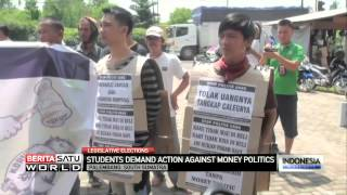 Students Demand Action Against Money Politics