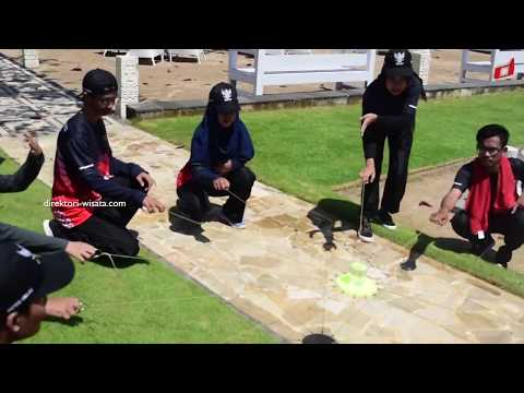 Team Building Activities Communication And Trust Outbound Training Fun Games Outdoor