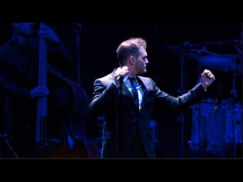 Download Michael Bublé - I'm Your Man (Live from Madison Square Garden)