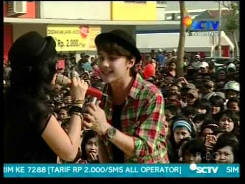 "Ussy feat  Andhika ""Ku Pilih Hatimu"",performed at INBOX (22/04)(Courtesy SCTV)"