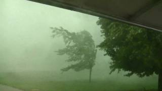 South Dakota Thunderstorm with 80mph+ wind gusts [Nature at it