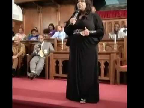 Kim Burrell encouraging & singing to the youth