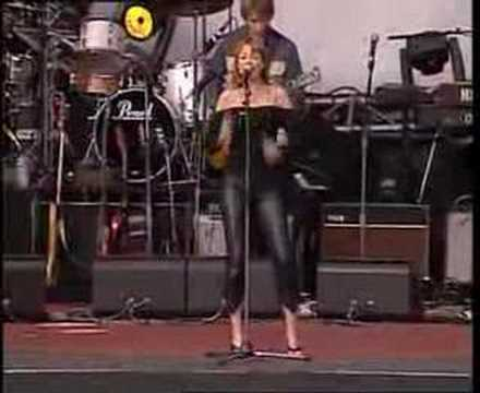 Dannii Minogue - This is it - Live Mushroom 25 concert