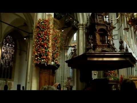 Bloemenzee in de Nieuwe Kerk Amsterdam. in full HD