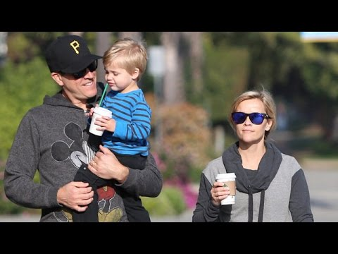 X17 EXCLUSIVE: Reese Witherspoon And Jim Toth Caffeinate Son Tennessee