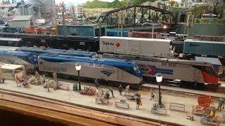 Download lagu AMTRAK: History Made At The Palm Beach Model Railroad Club!!
