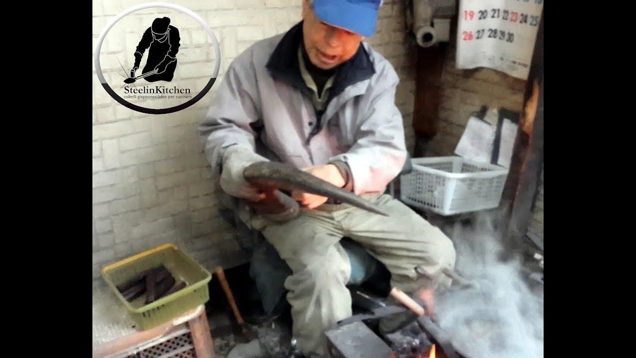 Come si fanno i manici dei coltelli da cucina giapponesi youtube - Coltelli giapponesi da cucina ...