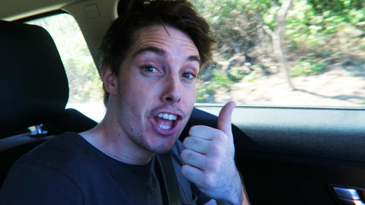 FAMOUS BROTHER LAZARBEAM IM LEACHING OFF FINALLY IN VLOG ...