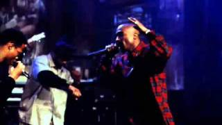 2Pac-Out On Bail (Live 1994).wmv