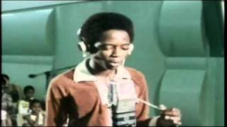 How You Look The Girls- Rappa Robert ( live on RJR at early 80´s)