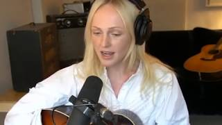 Laura Marling Performs Song For Our Daughter