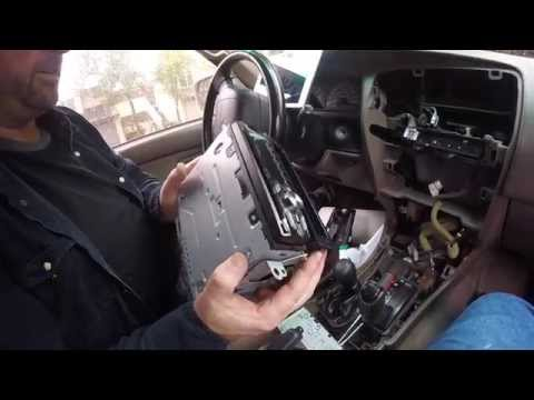 1997 Toyota 4Runner Stereo Installation