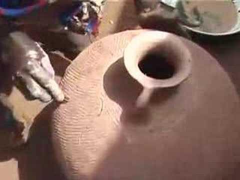Original Udu Making In Nigeria - Eugene Skeef's Udu Project
