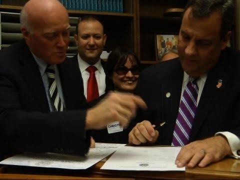 Christie Unfazed by Drop to Lower-Tier Debate
