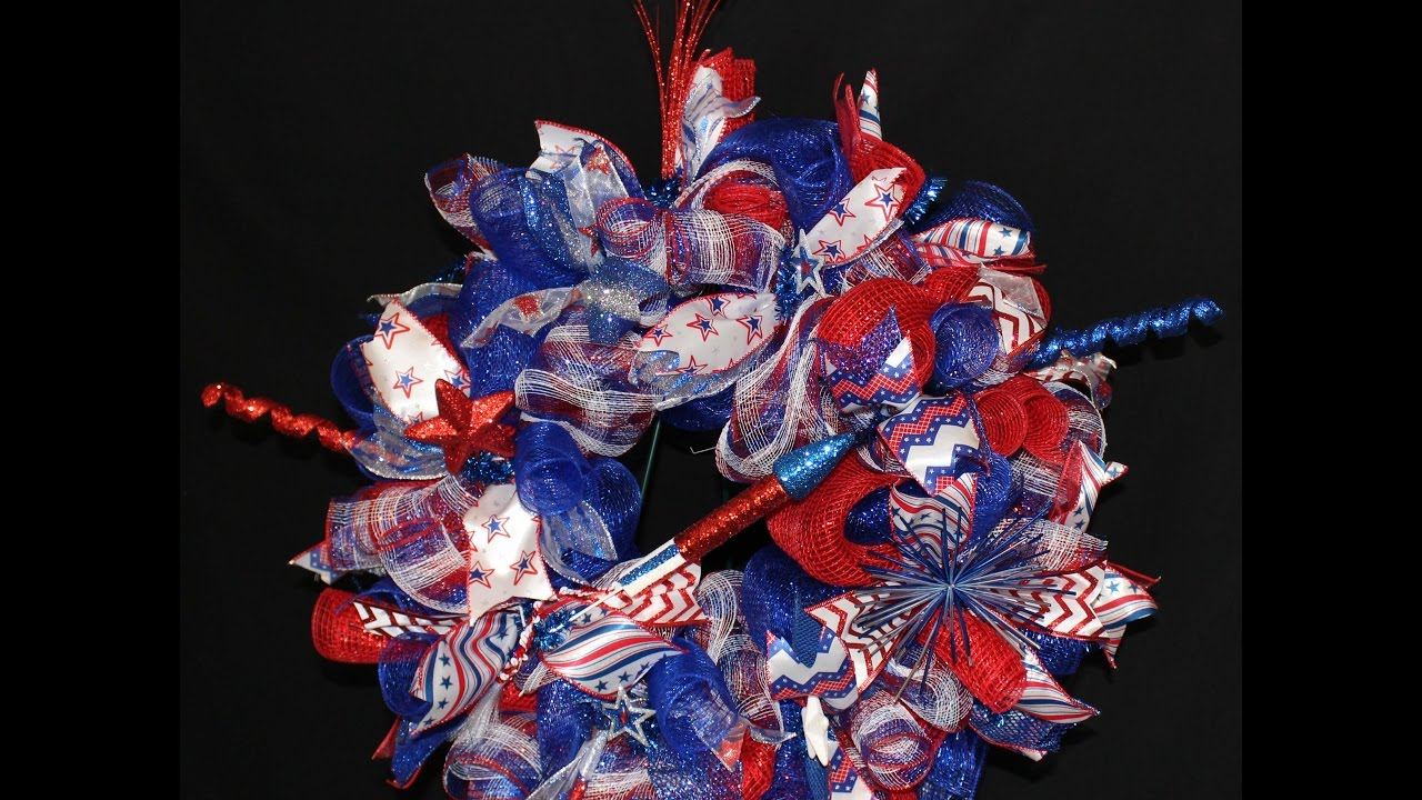 How To Make A Poof Curly Deco Mesh Wreath For 4th Of July Youtube