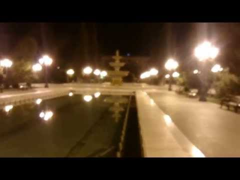 Мы пройдемся к скверу (парку) 26 бакинских комиссаров ... Баку ...