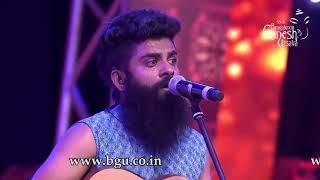 """Vasu Dixit singing """"Raagi Tandira"""" at 55th Bengaluru Ganesh Utsava"""