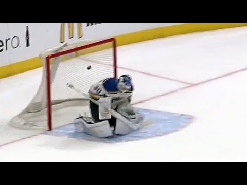 Brodeur gets beat by wild bounce from King