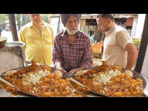 Bravo Man – 75 yrs Old Sardarji Ka Viga Hua Kulcha – Street Food India Amritsar