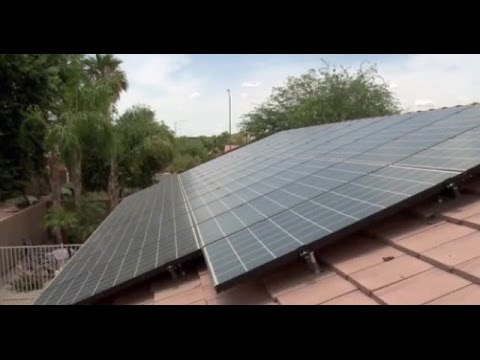 Phoenix-area homeowners rush to install solar before APS changes rates